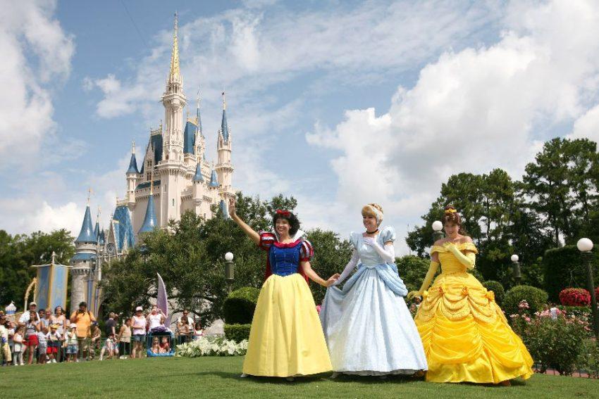 0f31437a0af00 10 locais para encontrar as princesas Disney no Magic Kingdom ...
